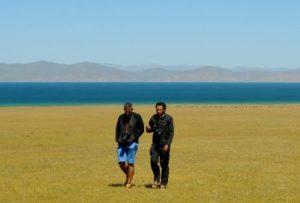 Dia 11 Lago Song Kul con Eduardo guia, foto de Mauri Gatnau