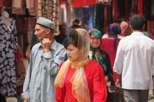 Dia 13 Mujer tayika mercado central de Kashgar