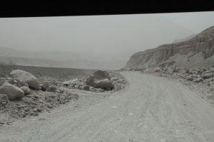 Dia 14 Comienzo de la Karakorum Highway con niebla
