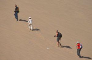 Dia 17 Subiendo dunas desierto Dunhuang, foto de Mauri Gatnau
