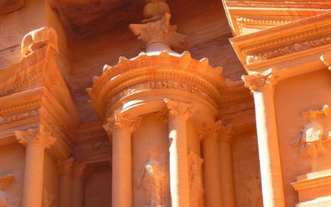 Petra, el tesoro de piedra