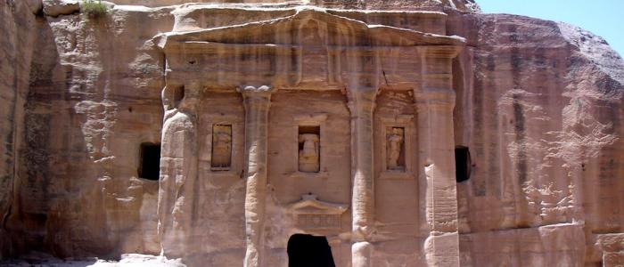 Tumbas_reales_petra_jordania