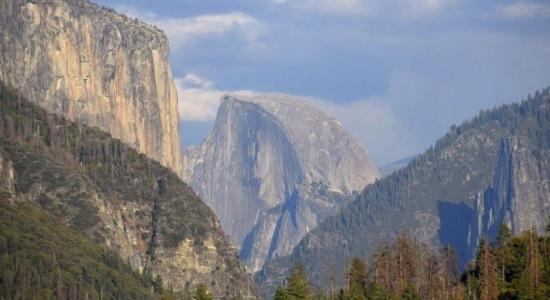 Half Dome Yosemite, imprescindible vista en el parque nacional
