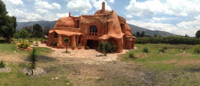 la casa de barro de villa de leyva es la construcción cerámica más grande del mundo